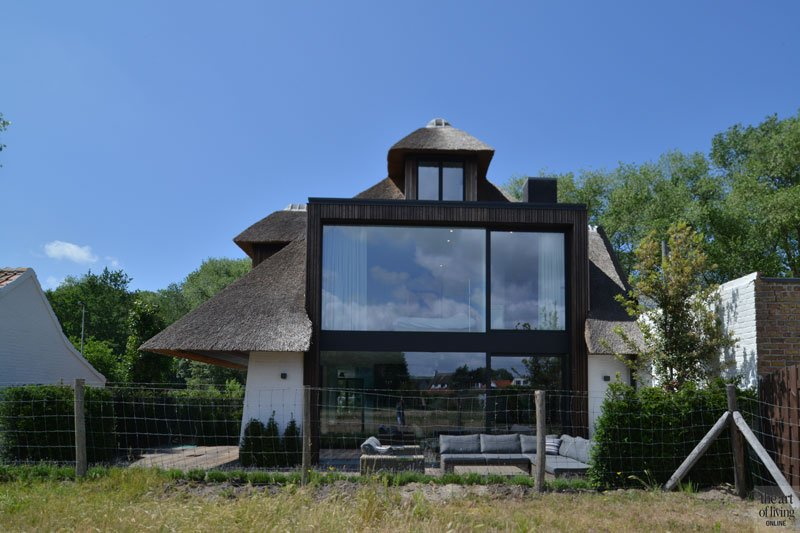 Villabouw in landelijke stijl, Ruime villa, HC Demyttenaere, the art of living, landelijke villa, landelijk, landelijk ontwerp, landelijk architectuur, landelijk huis, exclusief ontwerp