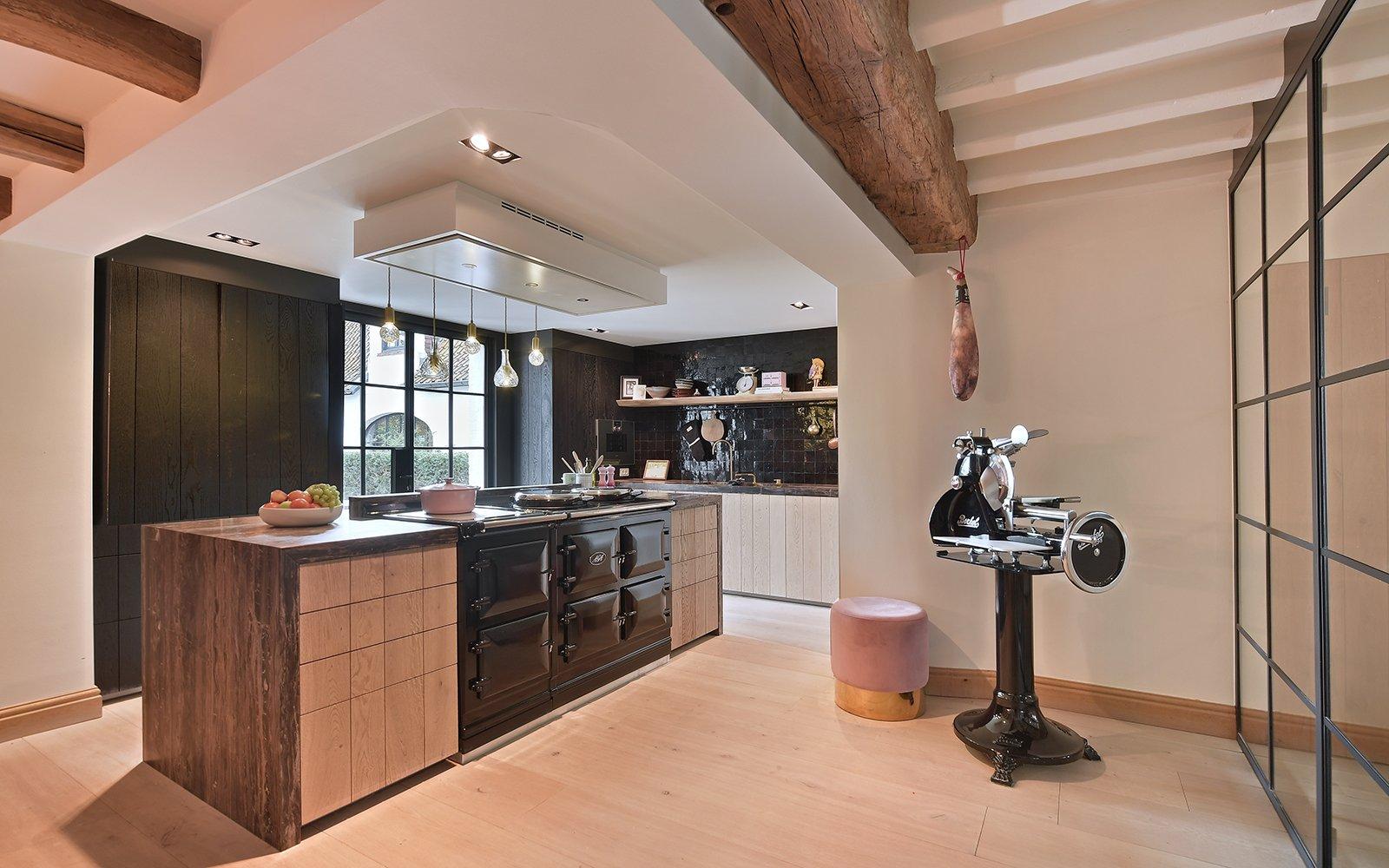 Landelijke keuken, Jurgen Weyne, Keuken, AGA Fornhuis, Klassiek, Landelijk, Hout, Openhaard, Living, Bank, Lounge
