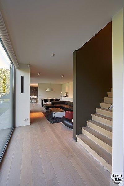 Nieuwbouwwoning, Schellen Architecten, Woonkamer, Trap, Lounge, Houten vloer, Raampartijen