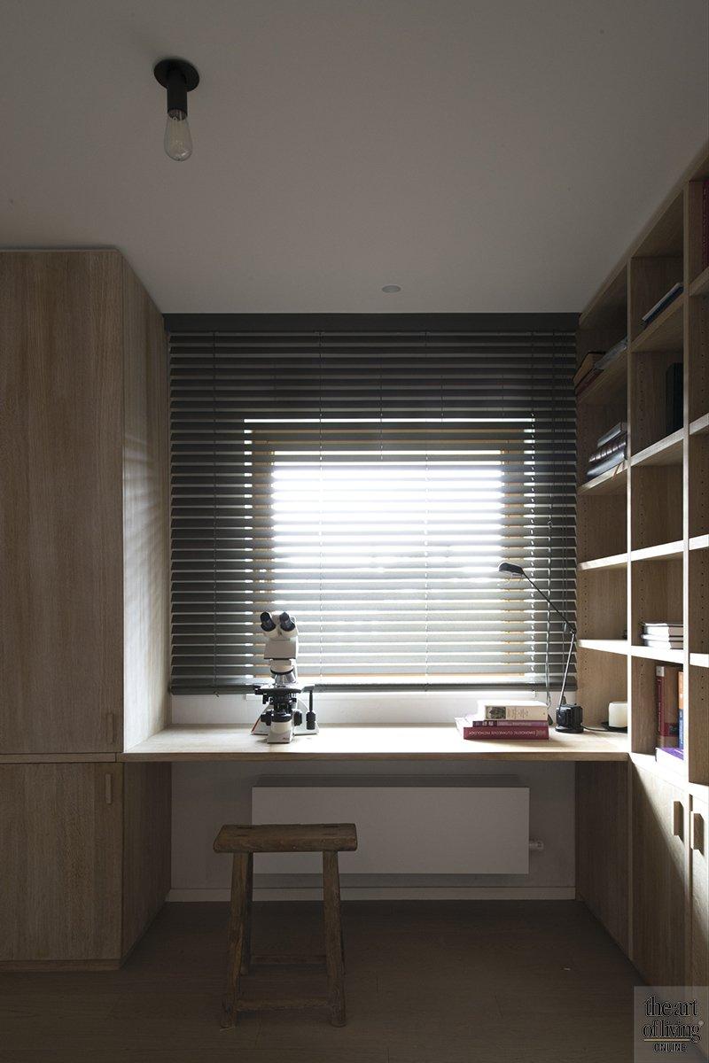 Modern warm interieur, Natascha Persoone, Interieur, Interieurarchitecte, Design, Warm, Modern, Strak, Vintage look, Koperkleur, Zithoek, Home office, Gitaar, Accessoires, Dakraam