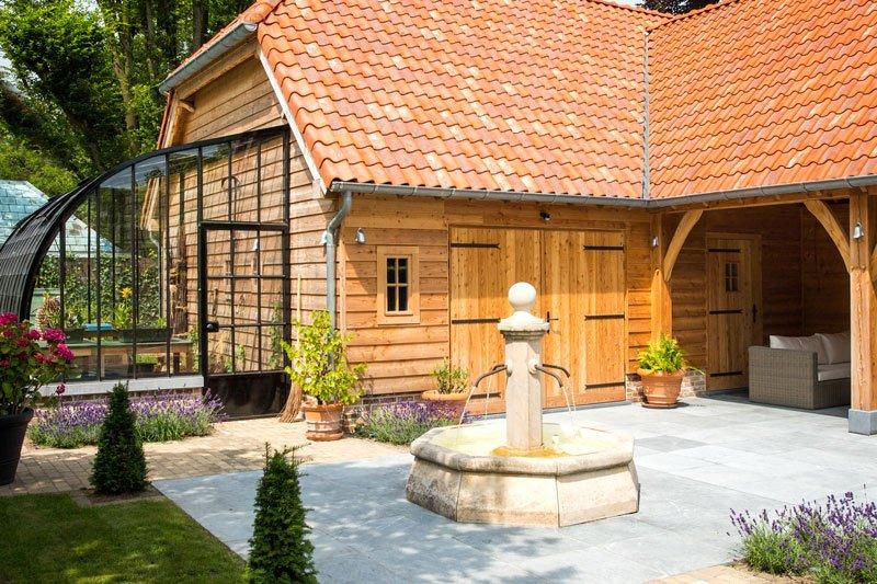 Houten bijgebouw, 't landhuys, poolhouse, bijgebouw, luxe tuinhuis