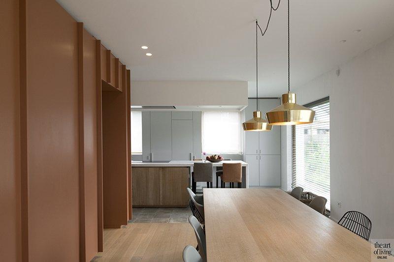 Modern warm interieur, Natascha Persoone, Interieur, Interieurarchitecte, Design, Warm, Modern, Strak, Vintage look, Koperkleur, Keuken, Kookeiland, Bar