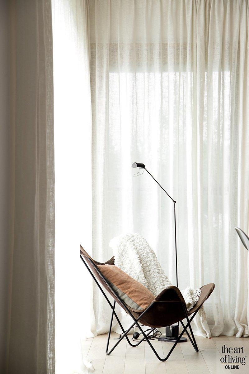 Modern warm interieur, Natascha Persoone, Interieur, Interieurarchitecte, Design, Warm, Modern, Strak, Vintage look, Koperkleur, Raamdecoratie, Zithoek, Lounge, Accessoires