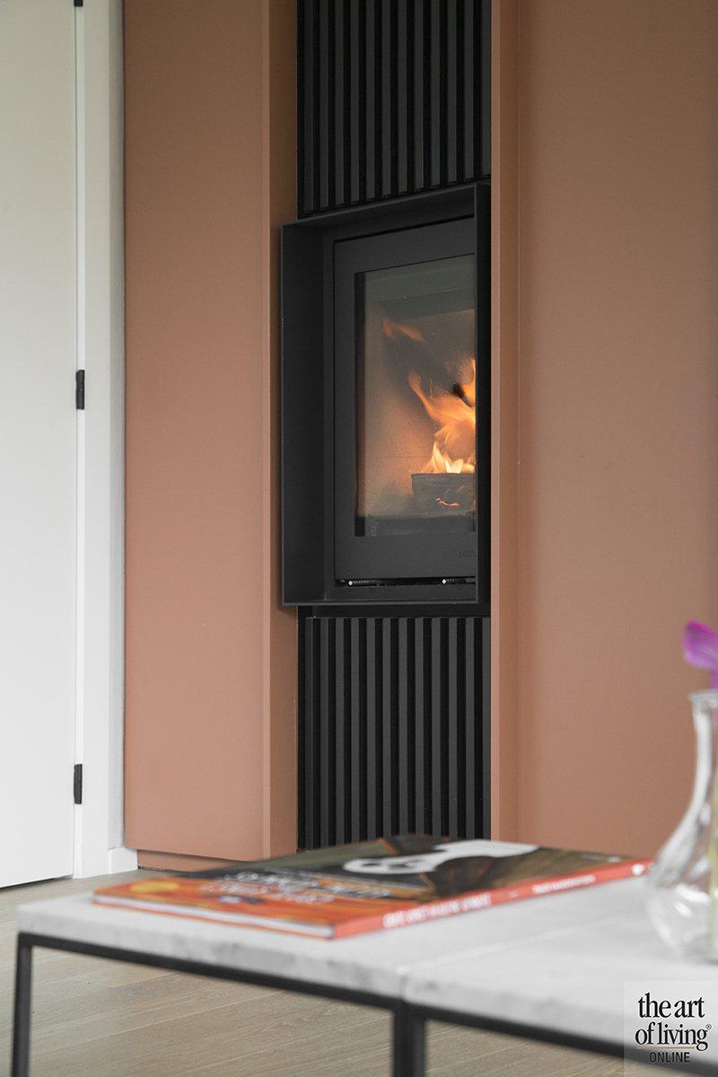 Modern warm interieur, Natascha Persoone, Interieur, Interieurarchitecte, Design, Warm, Modern, Strak, Vintage look, Koperkleur, Haar, Openhaard, Kachel, Woonkamer