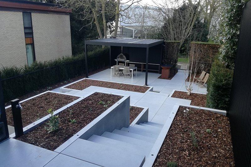 Terras met betontegels   Betonal