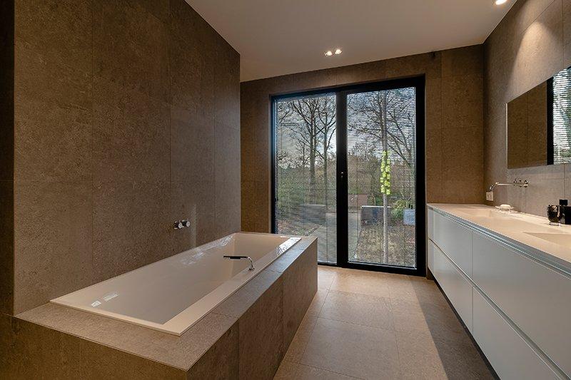 Sfeervol wonen in de natuur, KOON Architectuur, Toon Mennes, badkamer
