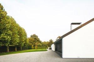 Moderne luxe villa, Architectuuratelier De Jaeghere, glaspartij