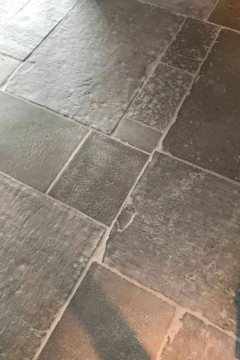 Raw Stones, robuuste vloer, natuurlijke materialen, aardse tonen, landelijk, modern, natuurstenen vloer