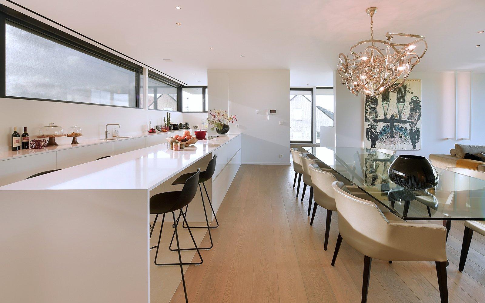 Villa met veel lichtinval, abe Architecten, grote glaspartijen, modern en strakke look