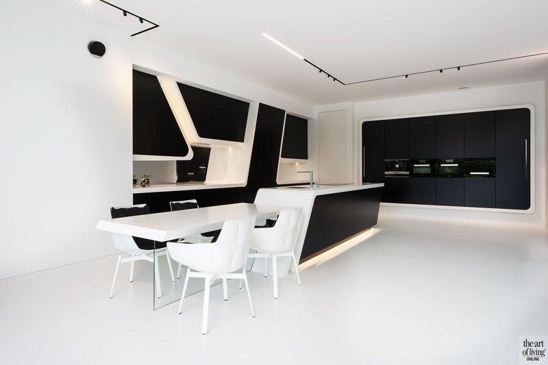 Licht interieur, Filip Deslee, Villa, Strak, Modern, Zwart-wit interieur, natuurlijke materialen