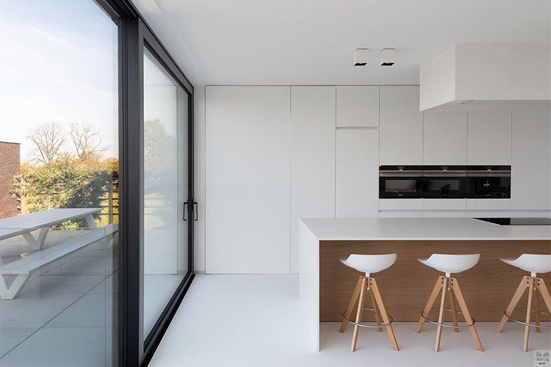 Minimalistische villa, Hofmans Architecten, moderne villa, veel lichtinval
