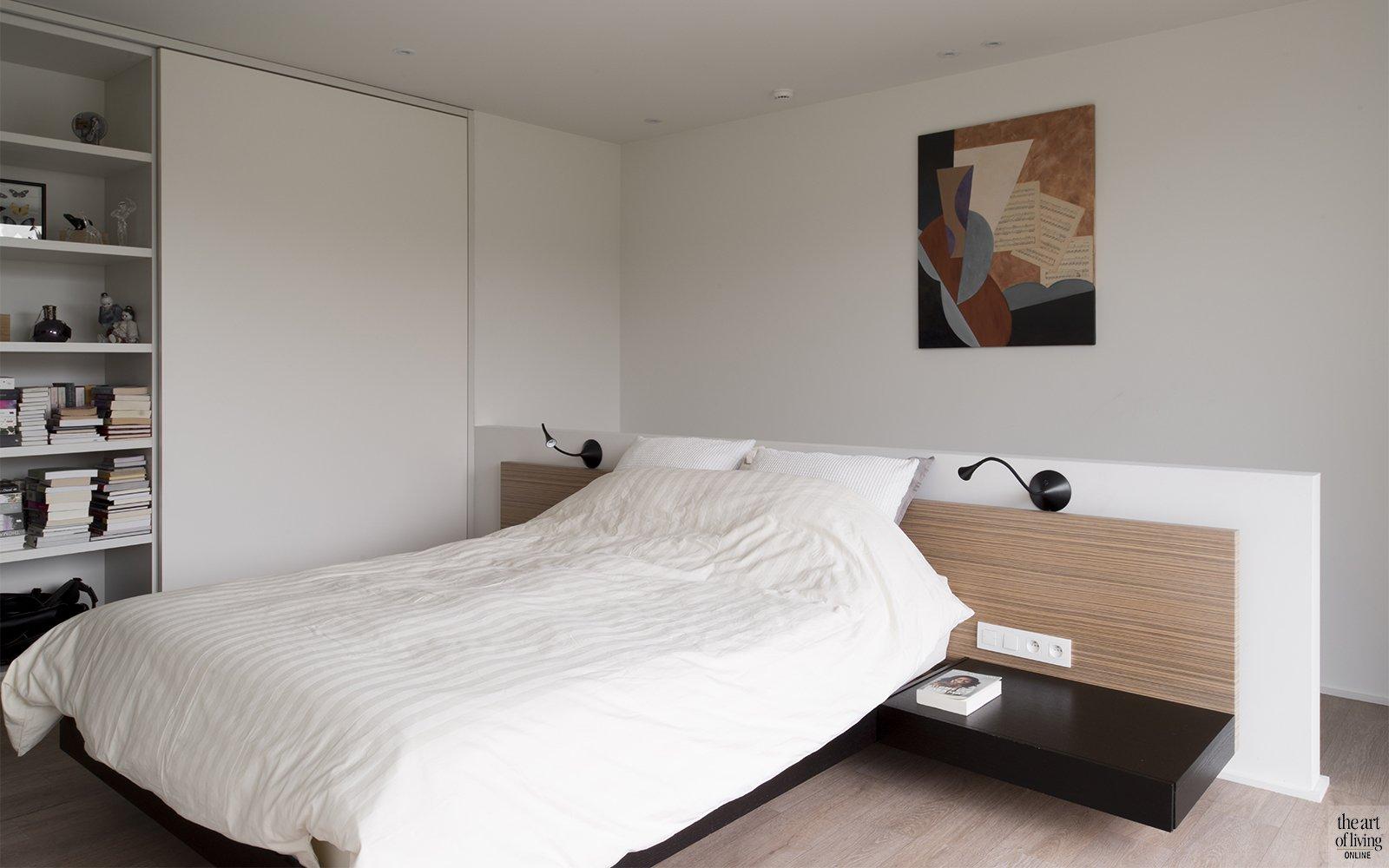 Tijdloos wonen, Kris van den Broeck, Modern interieur, Wit interieur, Strak Interieur, Slaapkamer, bedroom, masterbedroom
