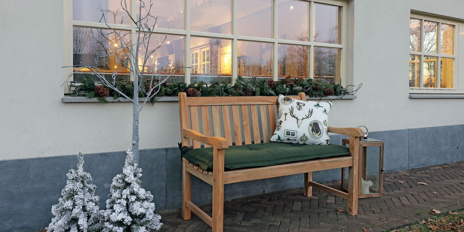 Decembertuin, tuinmeubelen, gezelligheid, warmte, luxe