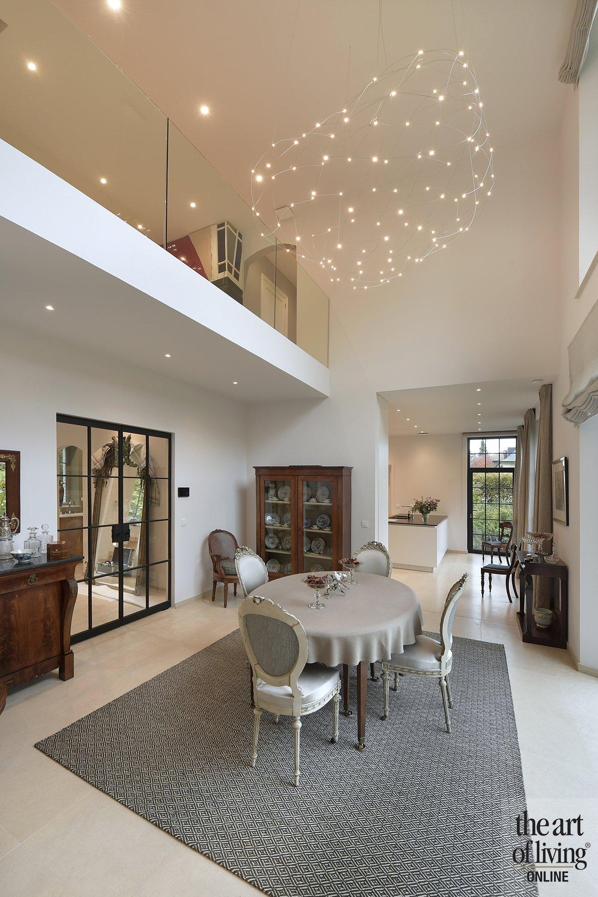 licht interieur, frank gruwez, wit interieur, klassieke woonstijl