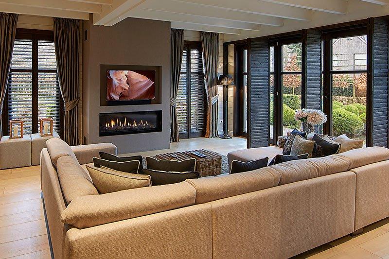Warme, tijdloze en imposante villa   Sophie De Bel