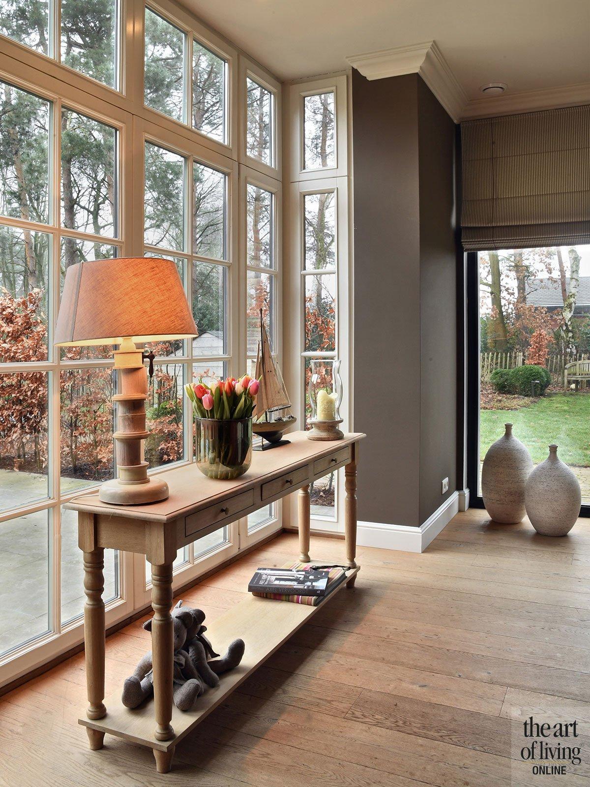 Sfeervolle landelijke villa, Veerle Dreesen, zwart, hout, maatwerk