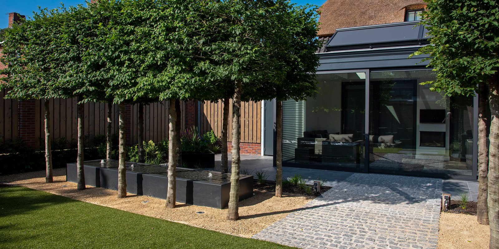 Moderne tuin, Moderne tuin met landelijke elementen, Buijtels Buitengewone Tuinen, The art of living