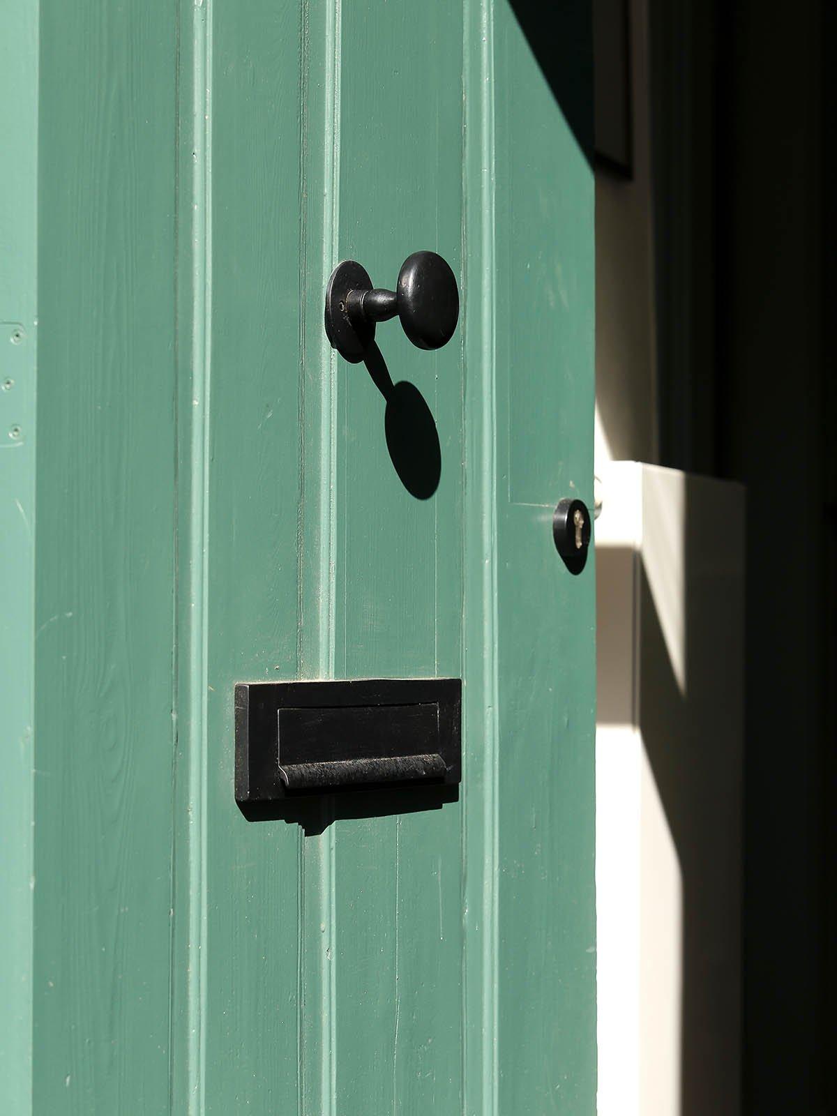 deurbeslag, dauby, the art of living
