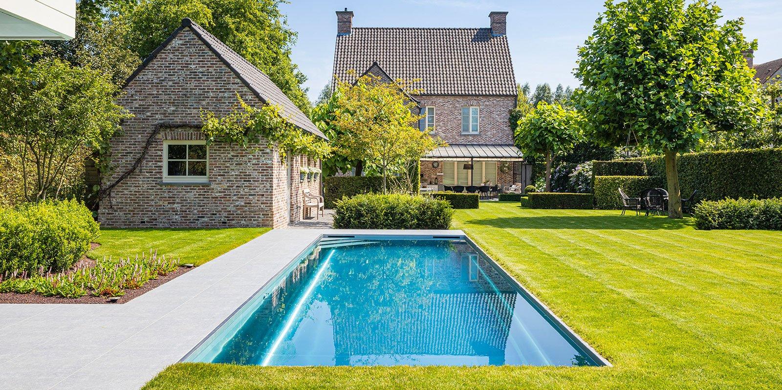 Zwembad in de tuin, Nouveau, zwembad, tuin, groen, the Art of Living